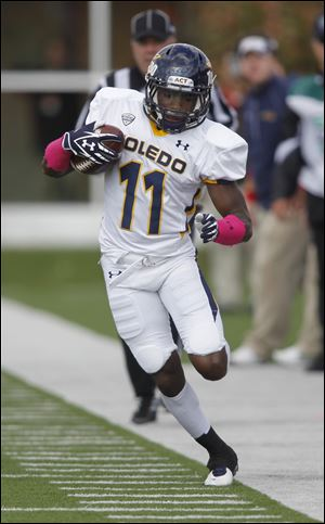 In last year's contest at BGSU, UT's Bernard Reedy (11) amassed 108 yards on a bad ankle.