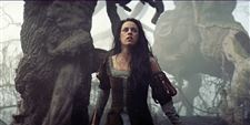 Film-Review-Snow-White-and-the-Huntsman-1