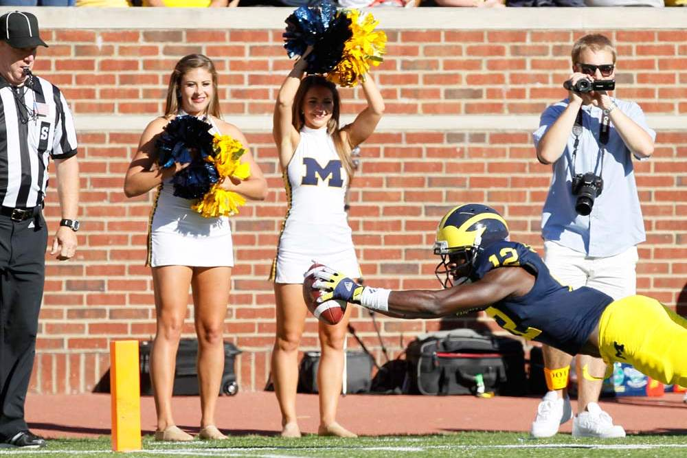 University-of-Michigan-player-Devin-Gardner-12