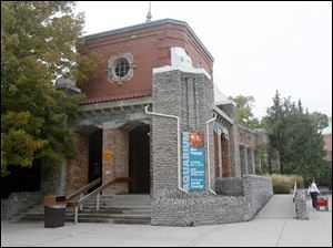 The Toledo Zoo is closing its aquarium for a major renovation of the building. Though the outside will remain the same, the $25 million renovations inside will take place throughout the next two years,