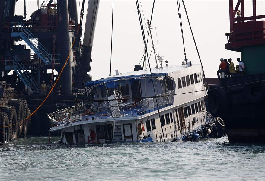 Hong-Kong-Ferry-Collision