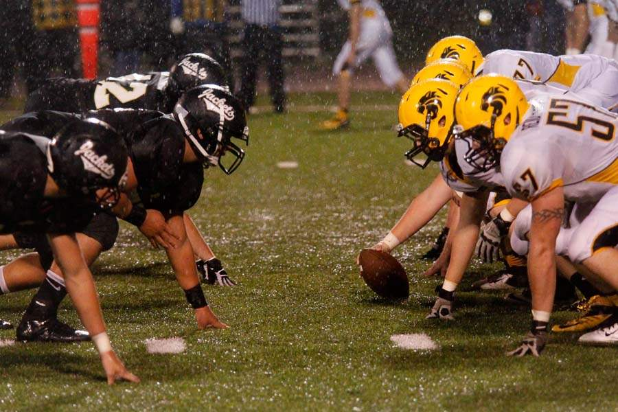 WEBperry-football05p-pburg-nv-square-off