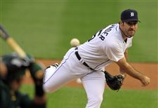 ALDS-Athletics-Tigers-Baseball-verlander