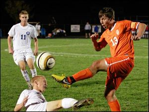 Sylvania Southview's Jared Lyle (13) kicks the ball.