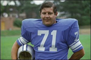 Former Detroit Lions football player Alex Karras in 1971.