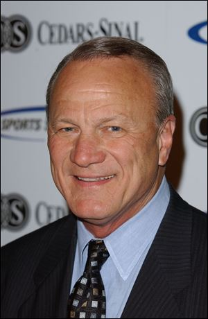 Former Oklahoma coach Barry Switzer.