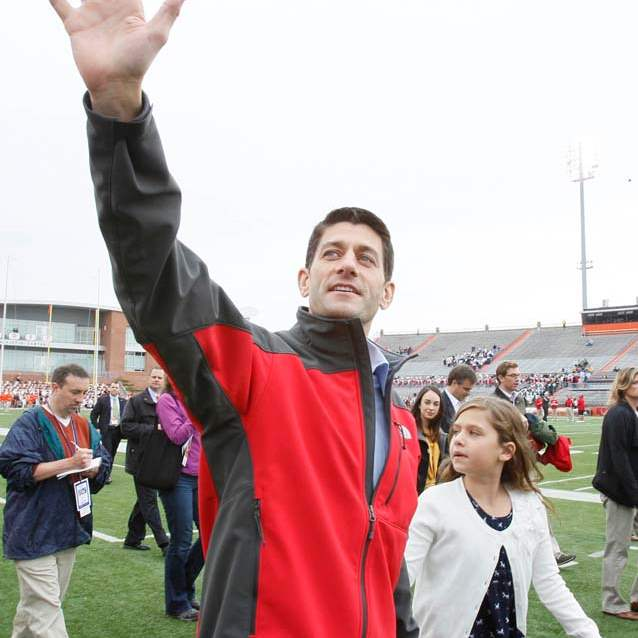Paul-Ryan-BGSU-with-Elizabeth