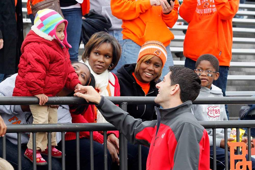 Paul-Ryan-BGSU-young-fan