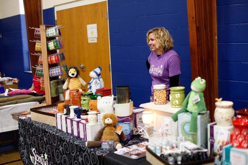 Sylvania-church-bazaar-Scentsy-dealer