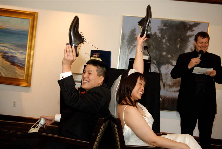 A-bride-and-groom-playing