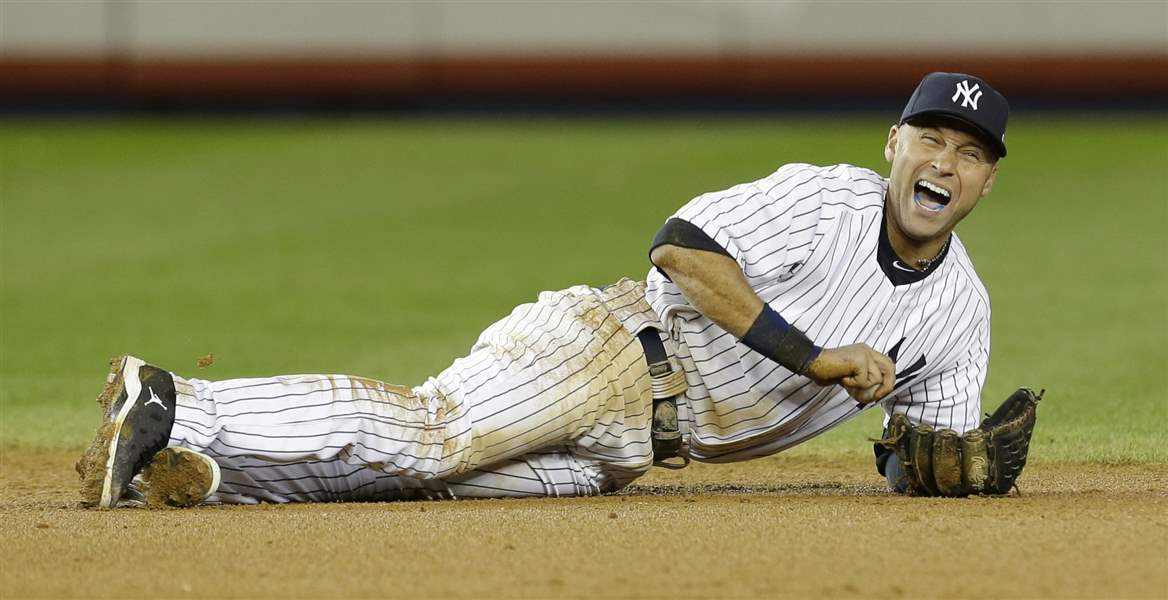 ALCS-Tigers-Yankees-Baseball-jete-s-ankle