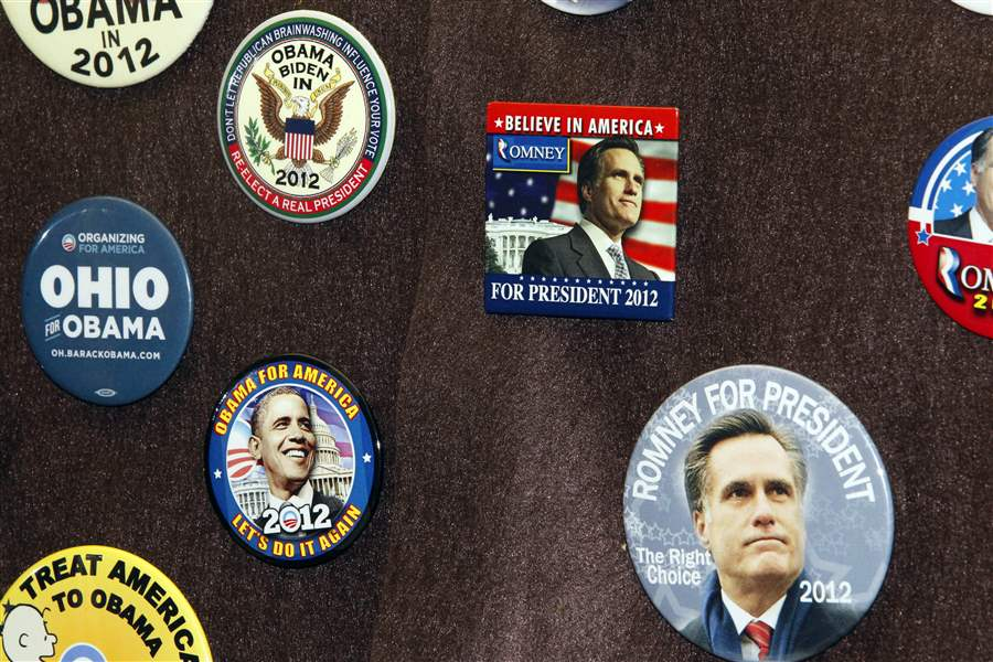 Elyria-buttons-obama-romney