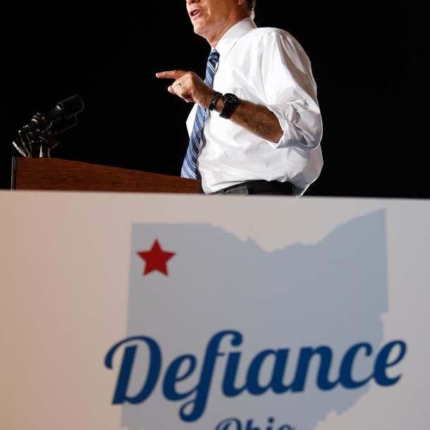 Romney-in-Defiance-pointing