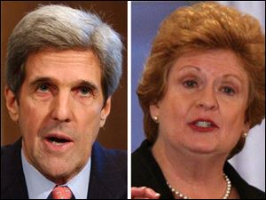Sens. John Kerry and Debbie Stabenow back tougher notification rules for plant closings and mass layoffs.