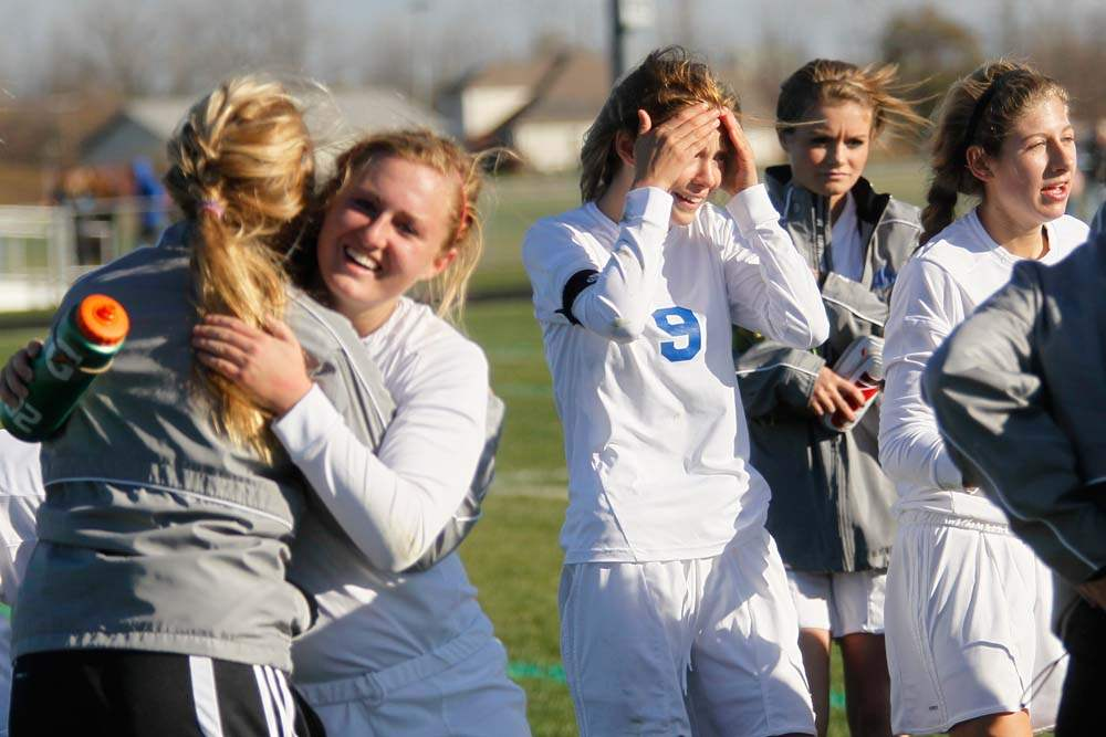 district-soccer-winning-hug