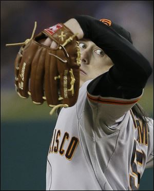 San Francisco Giants' Tim Lincecum throws during the seventh inning.
