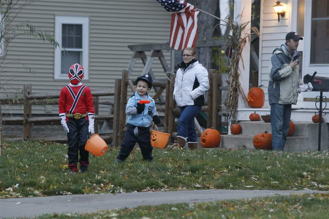 Trick-or-Treating in Sylvania - The Blade