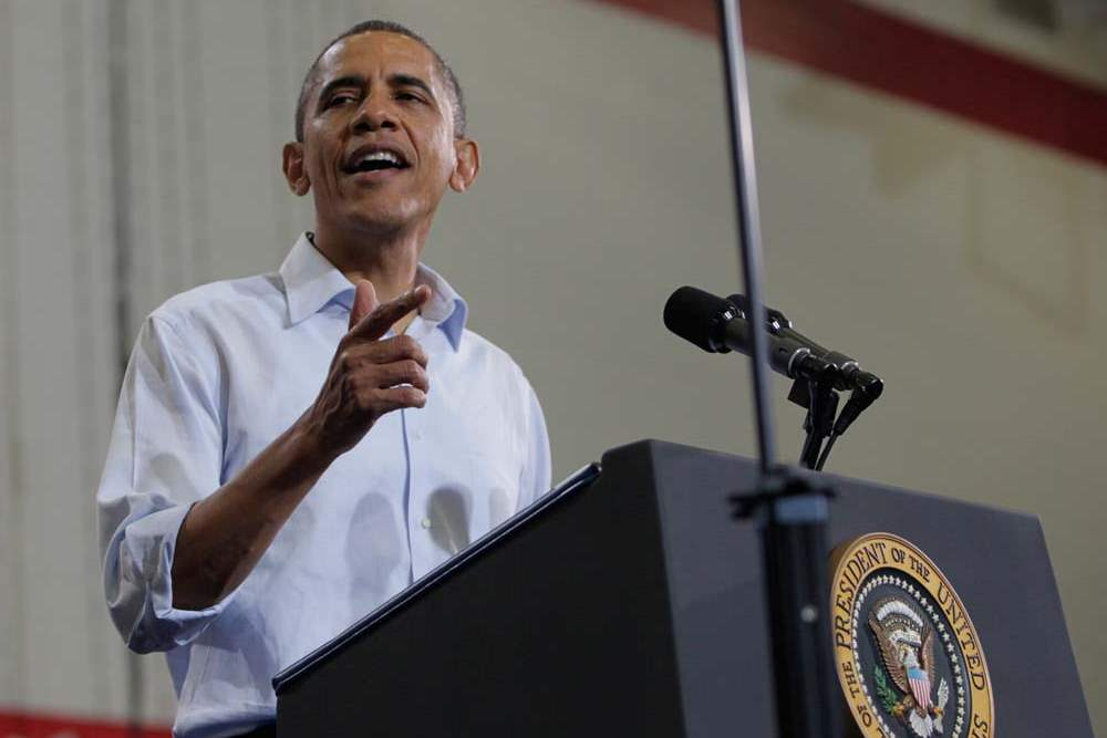 President-Barack-Obama-speaks-to-the-crowd