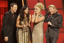Country-Music-Awards-Show-4