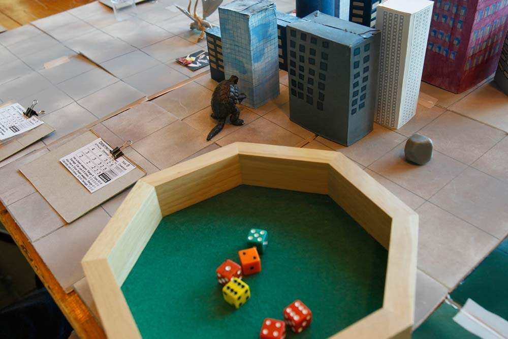 World-of-War-gaming-Clash-of-the-Kaiju