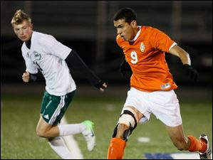 Southview's Omar Gad moves the ball.