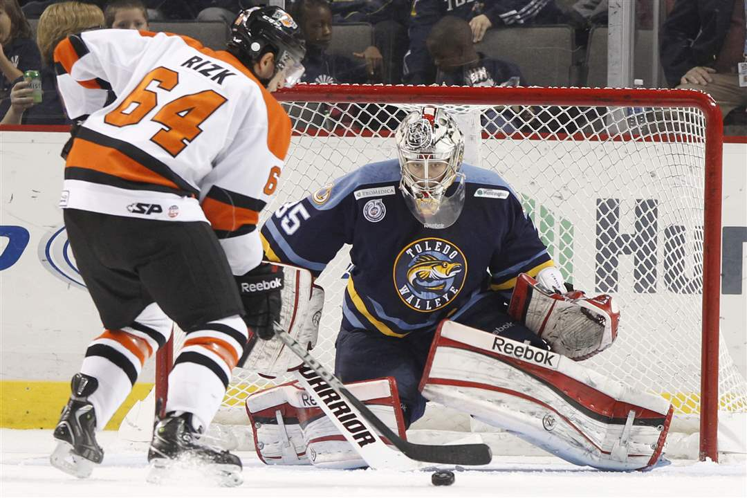 Toledo-Walleye-goalie-Kent-Simpson