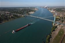 ambassador-bridge-detroit