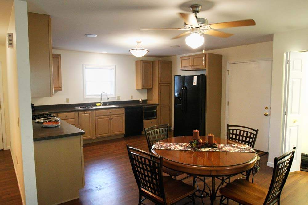 Sylvania-Taylor-Home-new-kitchen
