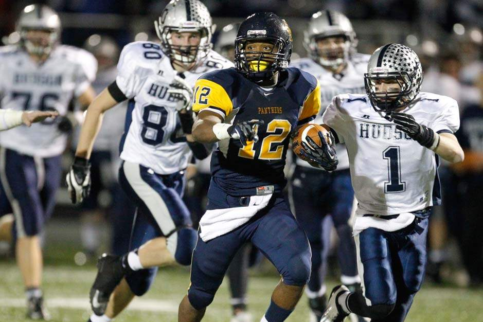 Whitmer-football-long-run
