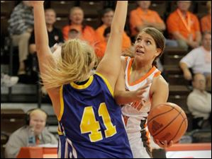 Jillian Halfhill tries to get around her defender.