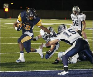 Running back Tre Sterritt ran for 196 yards and two touchdowns as Whitmer beat Hudson 39-28 on Saturday night in Sandusky.