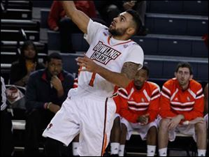 BGSU's Jordon Crawford goes up for a layup.