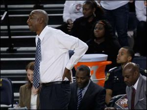 Falcons coach Louis Orr reacts to losing to Cleveland State 79-73.