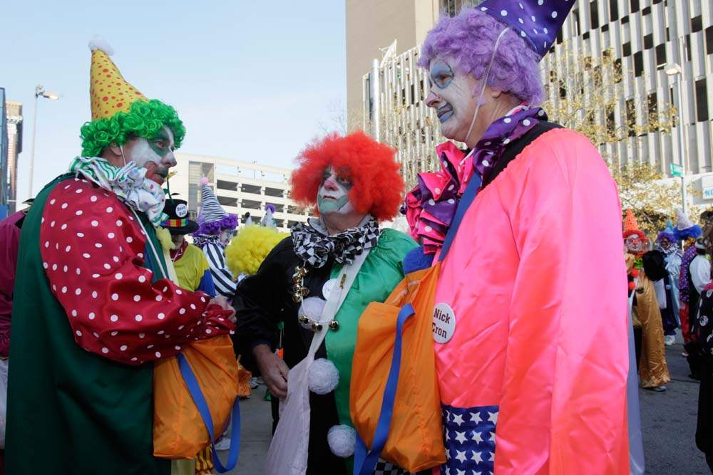 Holiday-Parade-distinguished-clown-corps
