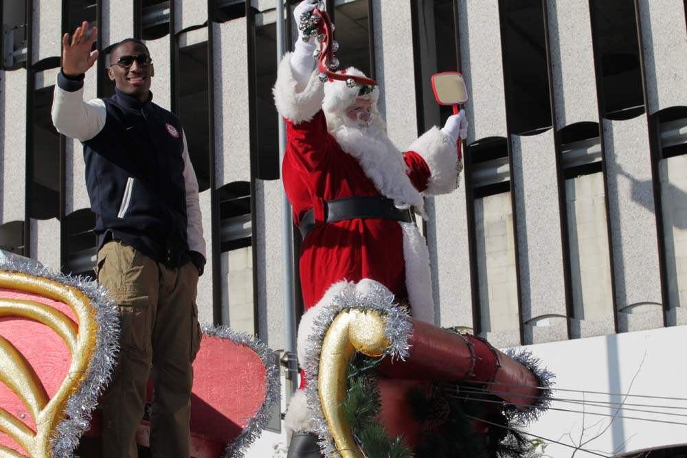 Holiday-Parade-Kringle-and-Kynard
