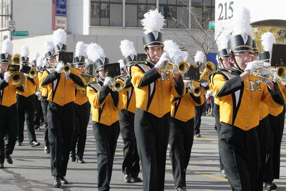 Holiday-Parade-Sylvania-Northview-High-School-Marching-Band