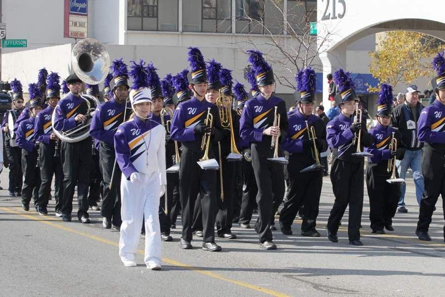 Holiday-Parade-Waite-High-School