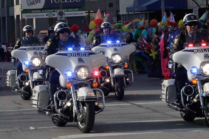 Holiday-Parade-motorcycle-units