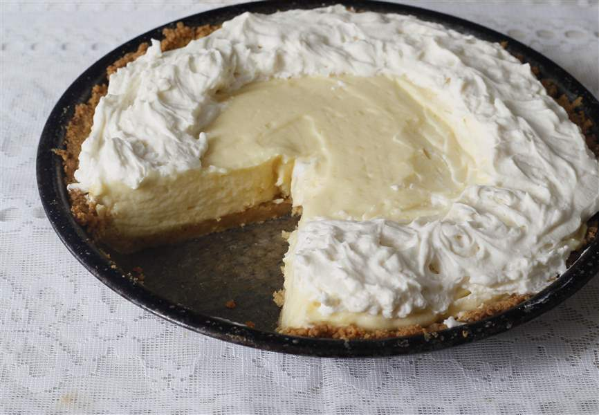 Limoncello-Mousse-Pie