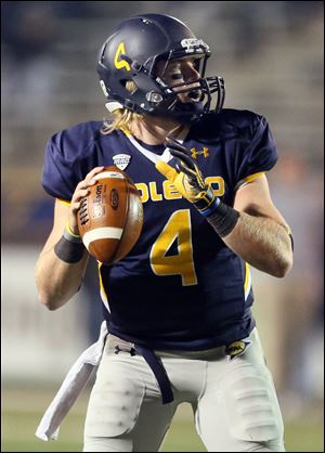 Mak­ing his first start since the sea­son opener at Ari­zona, Austin Dantin threw for five touch­downs
