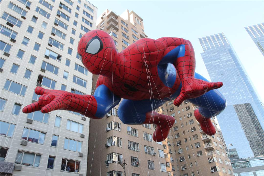 The-Spiderman-balloon-participates-in
