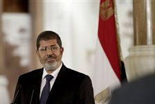 Egyptian-President-Mohammed-Morsi-right-swears