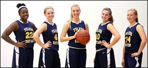 From left to right Camile Gist (22), Darian Westmeyer (4), Hannah Wehrle (5), Mackenzie Harder (10), and Lydia Yeager (34).