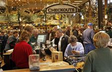 BLACK-FRIDAY-Bass-pro-shops-checkout
