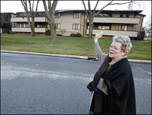 Kathy Connelly, 70, a resident of the Brandywine condominium complex on Byrnwyck West Road in Monclova Township, describes what happened when fire broke at the complex on Thursday evening.