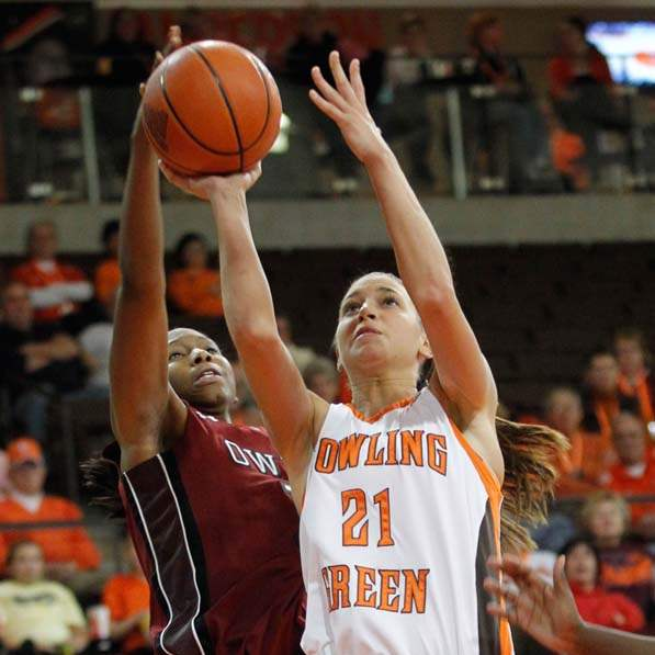 BGSU-Temple-blocked-shot