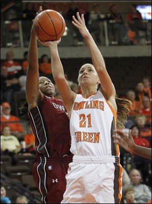 Chrissy Steffen had a team-high 13 points for the Falcons.