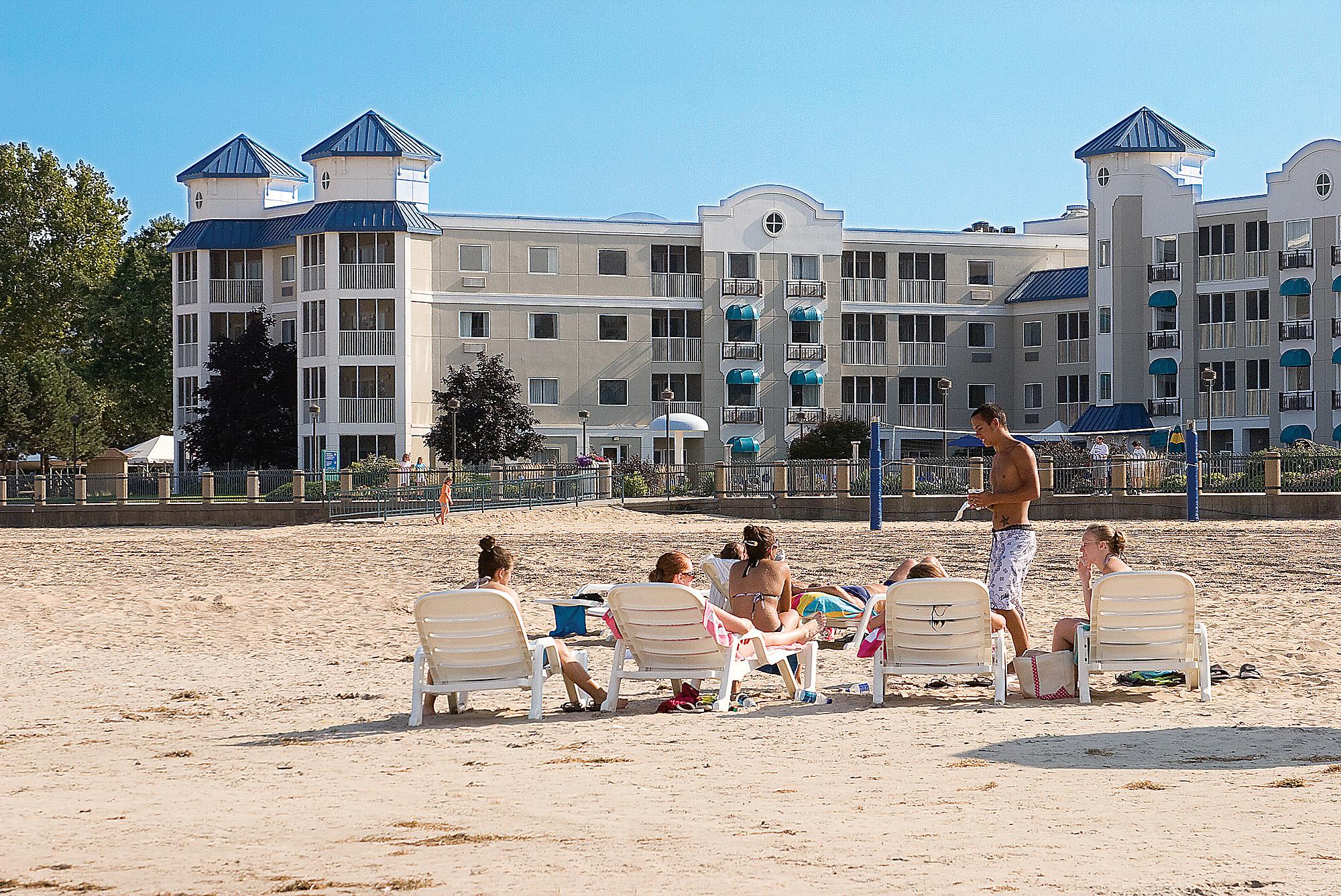 Cedar Point Hotel Rooms