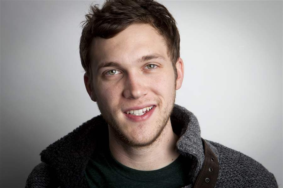 Q-A-Phillip-Phillips-American-Idol