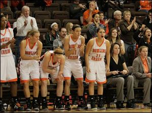 BGSU teammates and fans applaud Bailey Cairnduff's jumper with 1:52 remaining in the game.